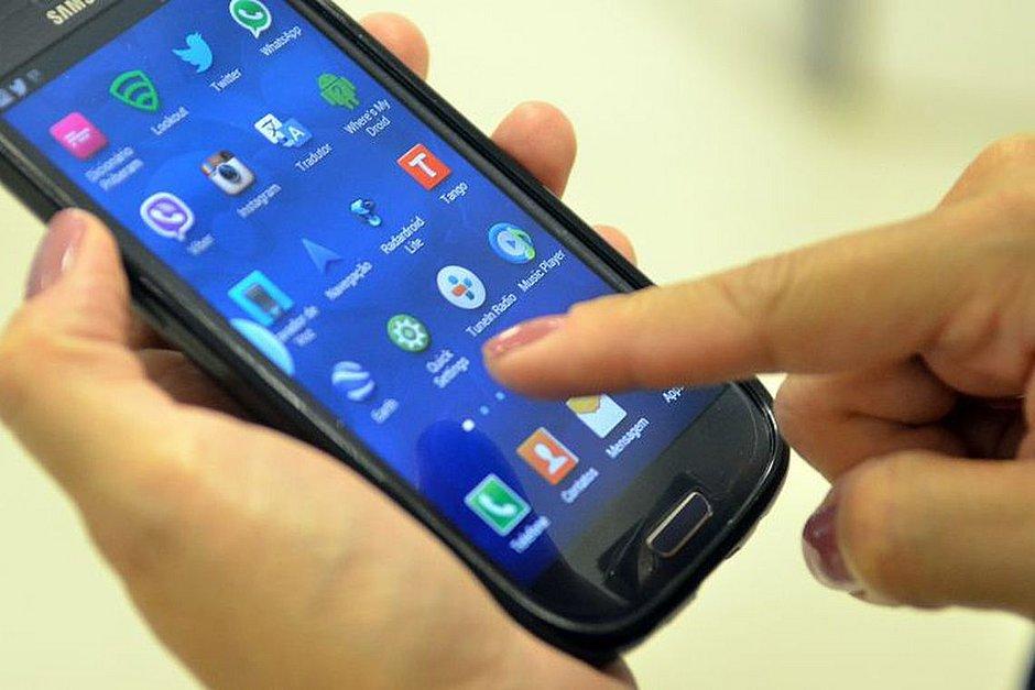 Bahia tem 9,6 milhões de linhas de celular pré pagas que podem ser canceladas dia 18
