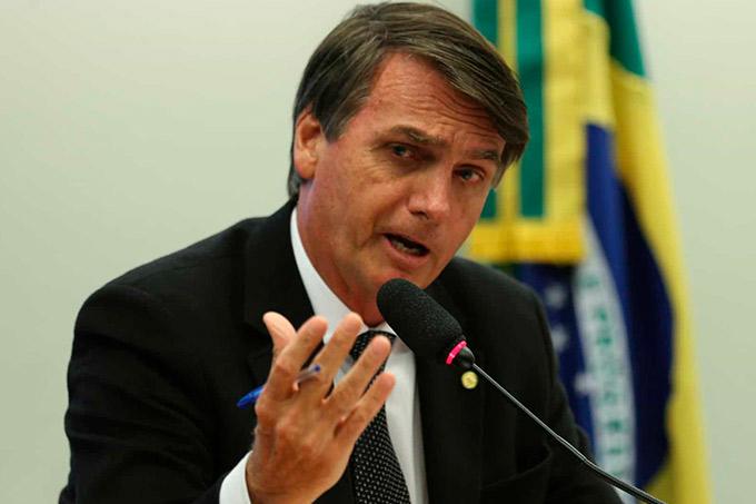 Desfiliação do PSL acontecerá nos próximos dias, afirma Bolsonaro