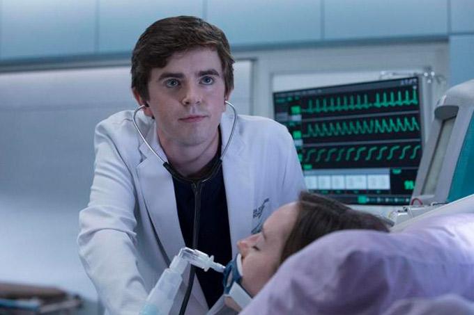 Netflix divulga séries da concorrência em apoio à quarentena