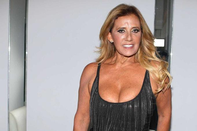 Rita Cadillac recebe auxílio emergencial de R$ 600: 'Veio em boa hora'