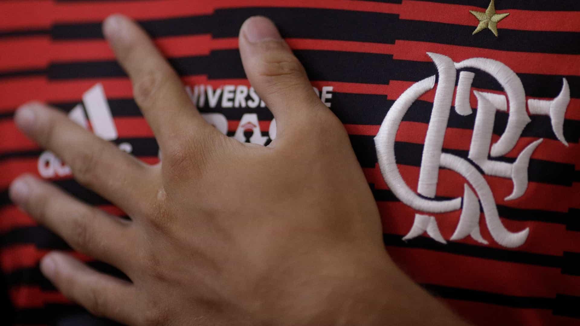 Flamengo aposta em novo patrocínio para diminuir prejuízo