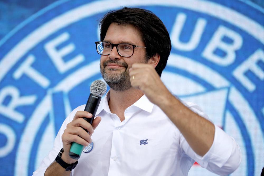 Recuperados da Covid-19 na Arena Fonte Nova vão ganhar camisa do Bahia, diz Bellintani