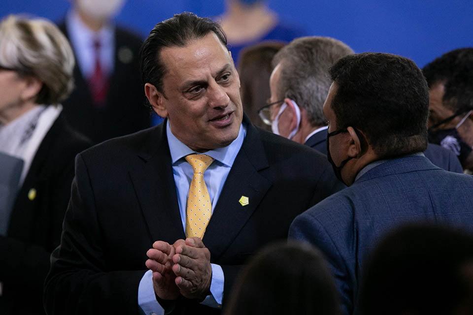 Wassef afirma que Presidente e Flávio Bolsonaro não sabiam onde estava Queiroz