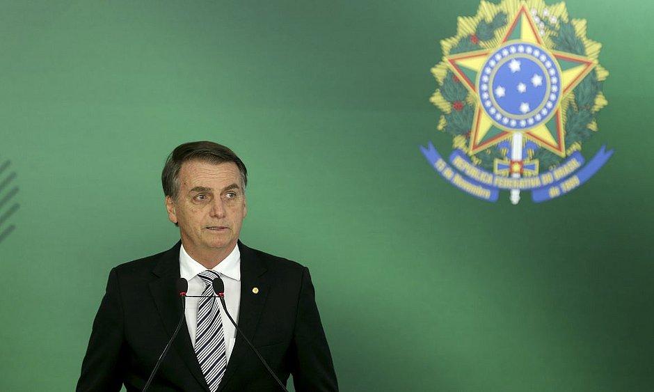 Bolsonaro fala em 'paz e harmonia' entre Poderes pelo 'bem-estar' da população