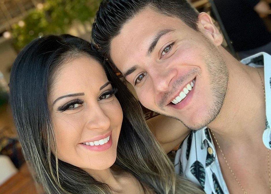 Mayra Cardi expõe traições de Arthur Aguiar: 'Relacionamento abusivo'