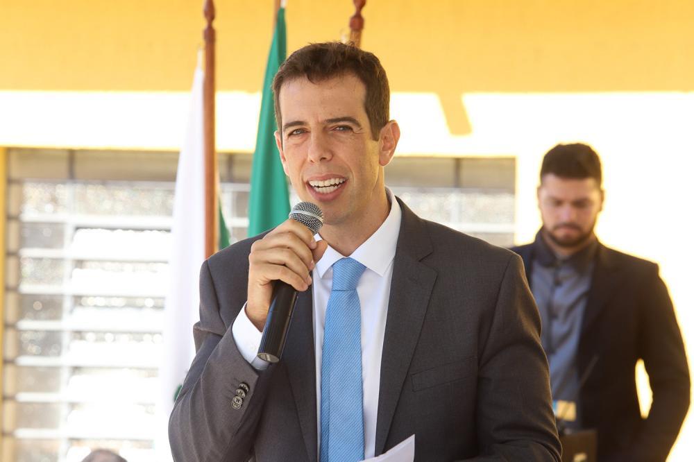 Renato Feder é escolhido por Bolsonaro para assumir Ministério da Educação